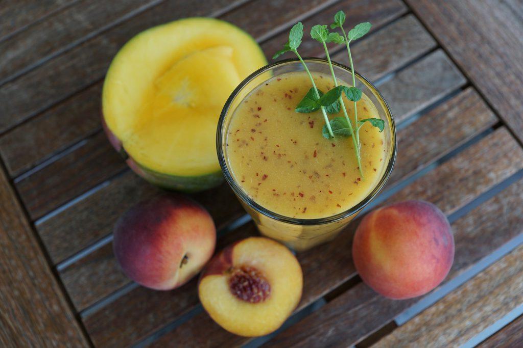 Mango-Pfirsich-Smoothie