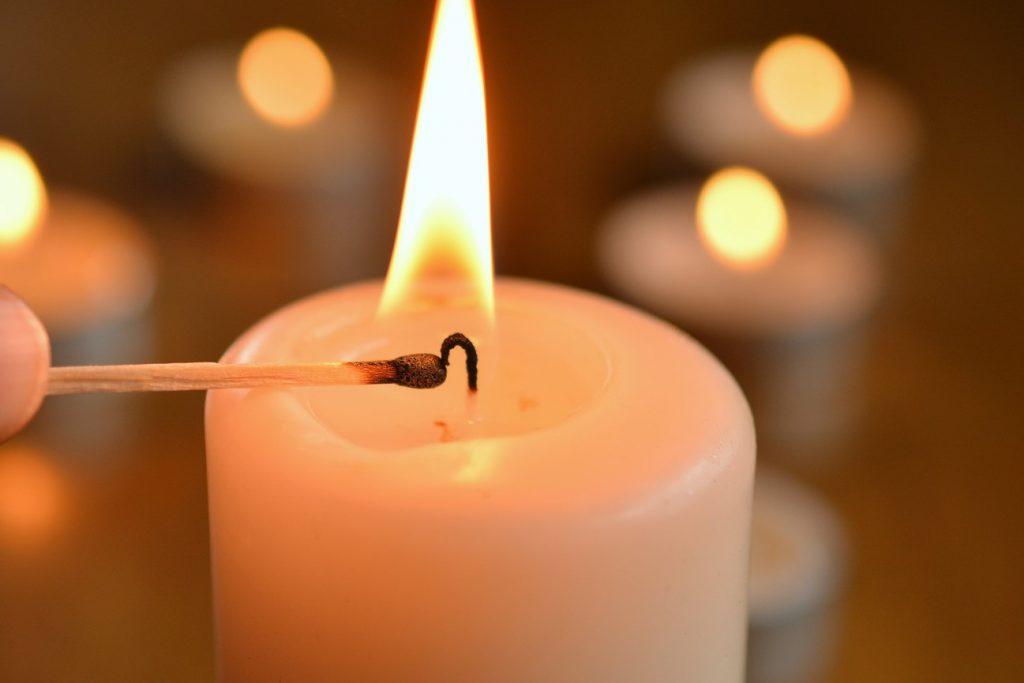 Element Feuer - spitz zulaufend, Kerze