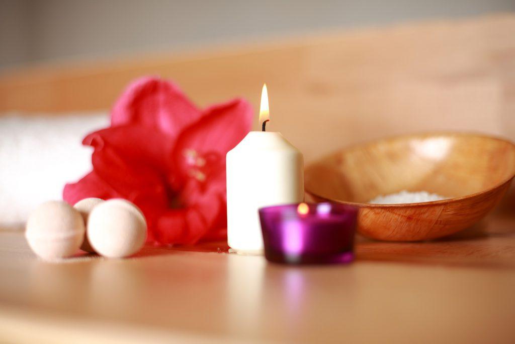 Feng Shui im Badezimmer Kerzenlicht