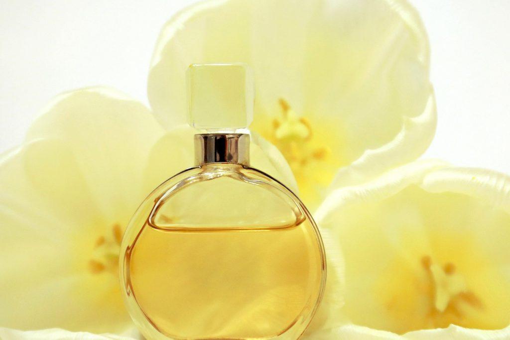 Parfum und Duft im Badezimmer